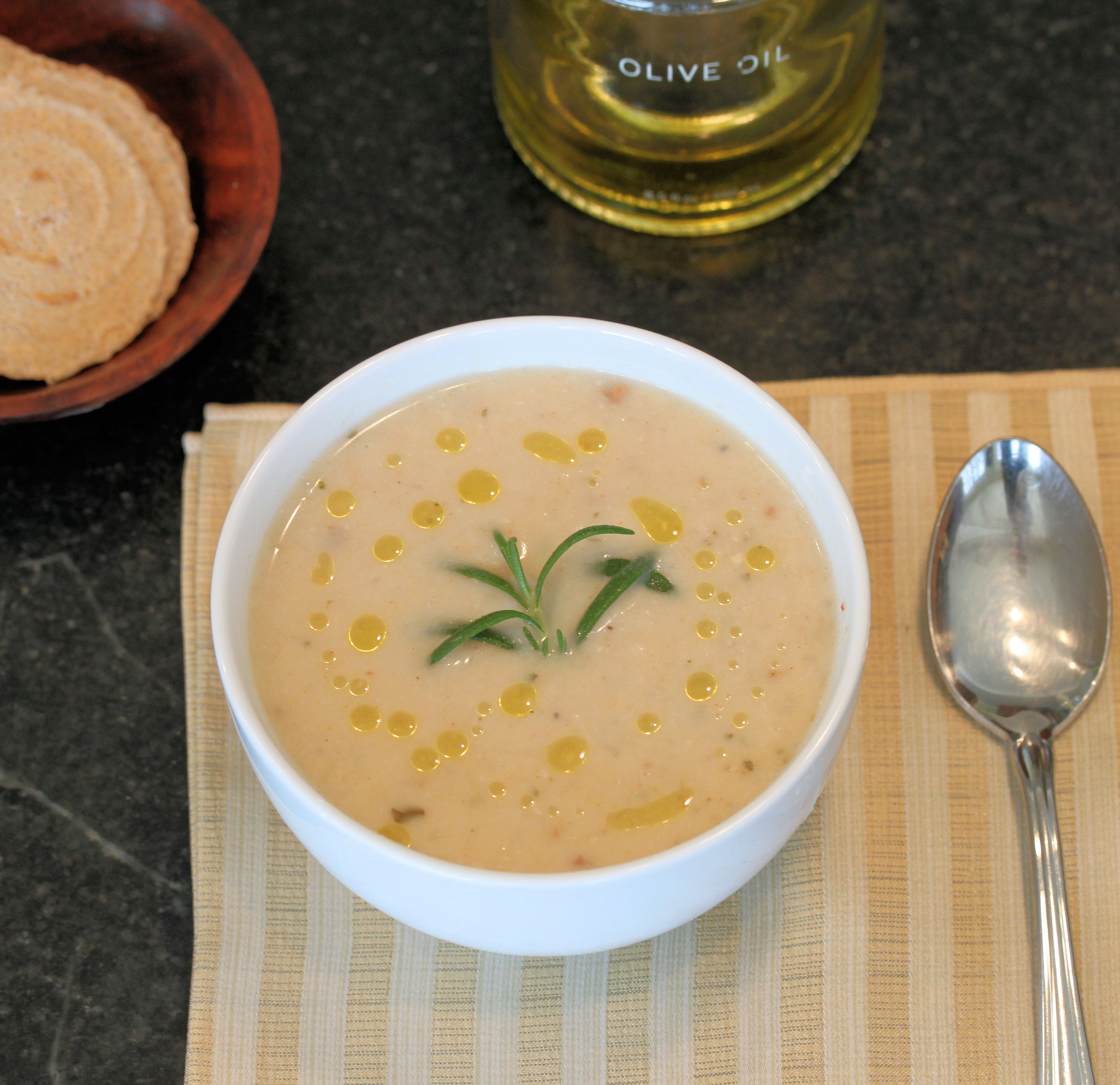 Creamy White Bean Soup | TasteInspired's Blog